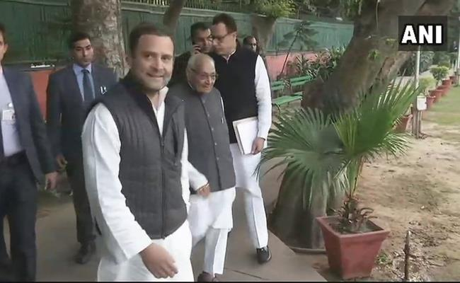 Rahul Gandhi to chair his first CWC meeting as Congress chief today