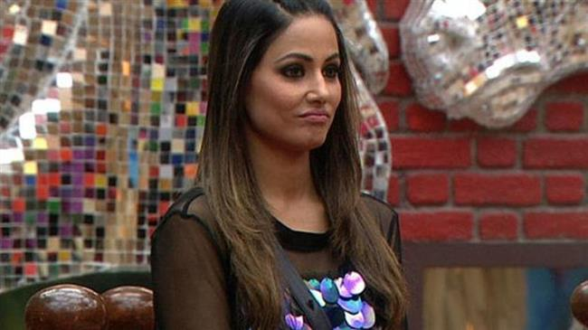 Bigg Boss 11.. Hina Khan caught on bed with this actor