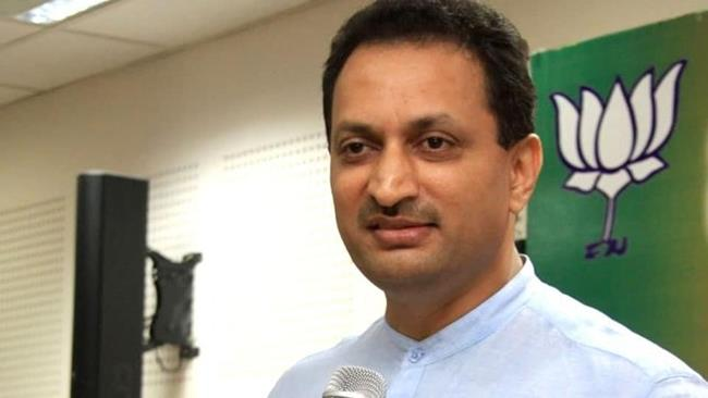 'We are here to change the constitution,' says MoS Ananth Kumar Hegde